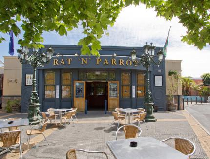 The Rat 'N' Parrot entrance in Findon