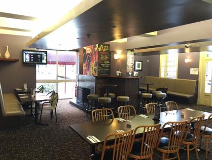 Celebrate social occasions at Olinda Creek Hotel