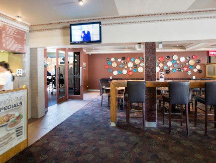 Bistro dining at Harlequin Inn