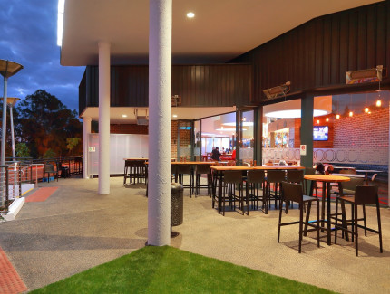 Relax and celebrate your next social function at Oxley Tavern